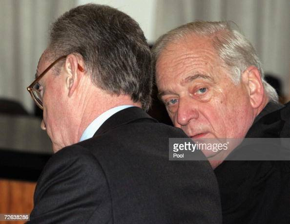 ... Mannesmann Chief Executive <b>Klaus Esser</b> listens to his lawyer Juergen ... - former-mannesmann-chief-executive-klaus-esser-listens-to-his-lawyer-picture-id72638286?s=594x594