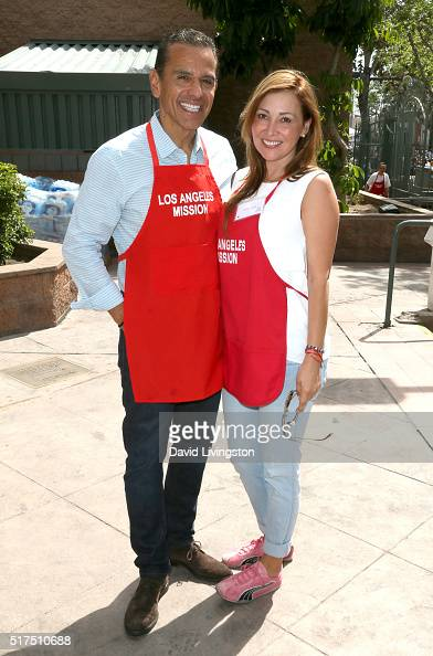 Former Mayor of Los Angeles Antonio Villaraigosa and fiance Patricia Govea attend the Los Angeles Mission's Easter Celebration Of New Life at Los...