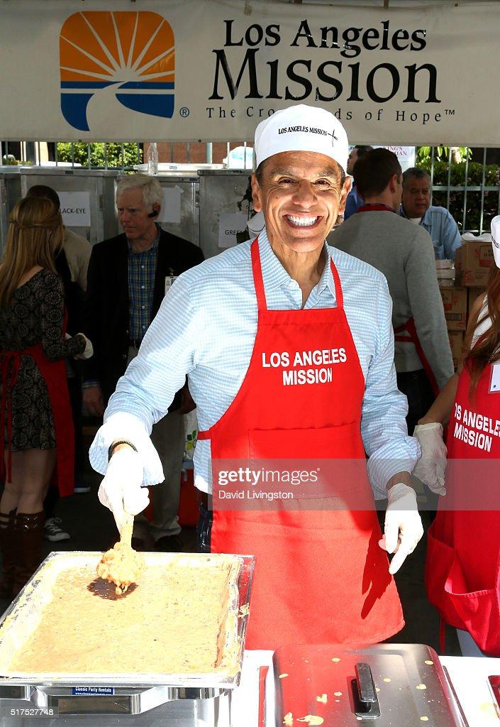 Former Mayor of Los Angeles Antonio Villaraigosa attends the Los Angeles Mission's Easter Celebration Of New Life at Los Angeles Mission on March 25...