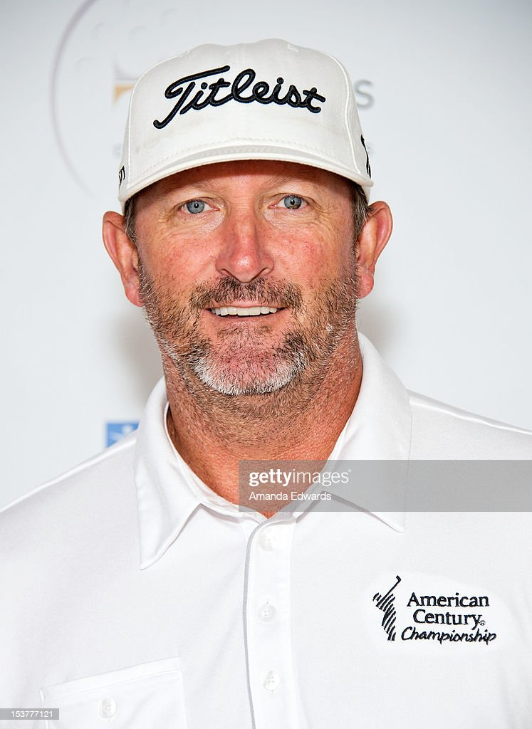 Former MLB player <a gi-track='captionPersonalityLinkClicked' href=/galleries/search?phrase=Bret+Saberhagen&family=editorial&specificpeople=224812 ng-click='$event.stopPropagation()'>Bret Saberhagen</a> arrives at the 6th Annual Hilton HHonors Charitable Golf Series at The Riviera Country Club on October 8, 2012 in Pacific Palisades, California.