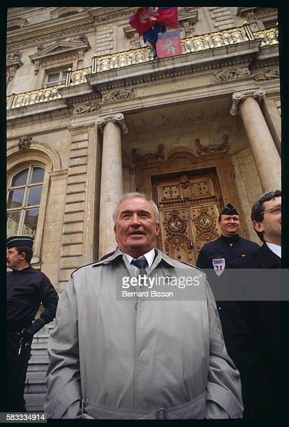 Former Nazi SS officer and leader of the German farright wing political party Republikaners Franz Schonhuber pays a visit to the town hall in Lyon