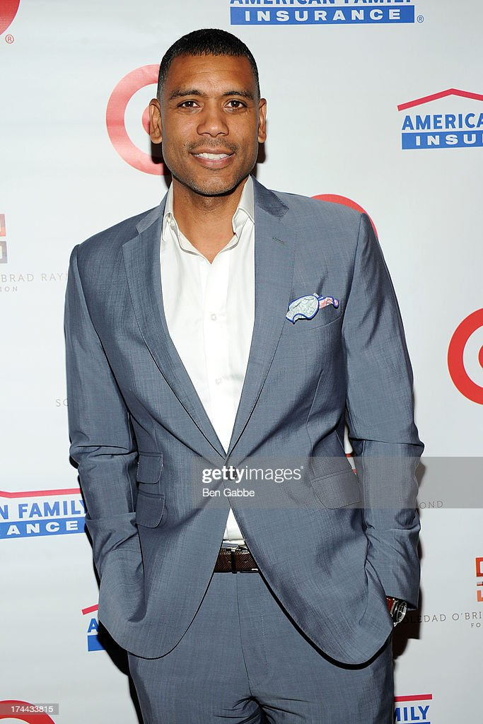 Former NBA player Allan Houston attends New Orleans To New York City Benefit Gala at Donna Karen's Stephen Weiss Studio on July 25, 2013 in New York City.