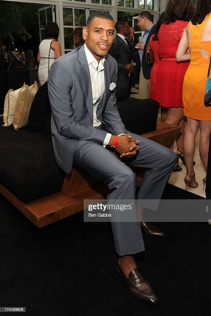 Former NBA player <a gi-track='captionPersonalityLinkClicked' href=/galleries/search?phrase=Allan+Houston&family=editorial&specificpeople=202550 ng-click='$event.stopPropagation()'>Allan Houston</a> attends New Orleans To New York City Benefit Gala at Donna Karen's Stephen Weiss Studio on July 25, 2013 in New York City.