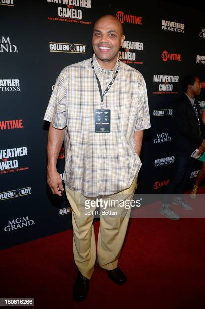 Former NBA player and sports commentator Charles Barkley arrives at the Floyd Mayweather Jr vs Canelo Alvarez boxing match at the MGM Grand Garden...