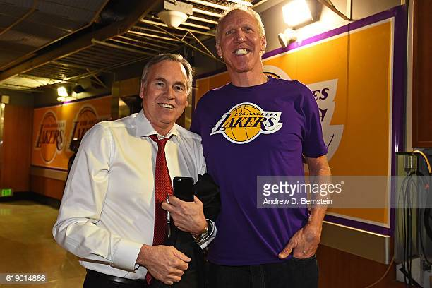 Former NBA player Bill Walton and Mike D'Antoni of the Houston Rockets pose for a photo before the game against the Los Angeles Lakers on October 26...