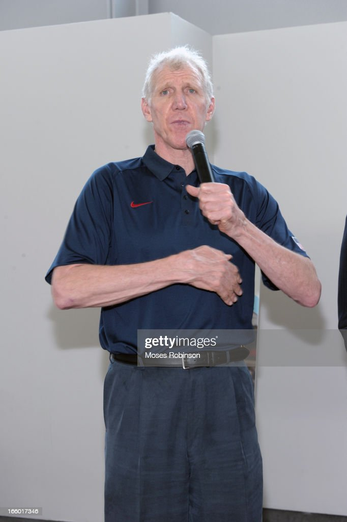 Former NBA player Bill Walton attends the NABC Guardians of the Game Awarding of the Naismith Trophy Presented by AT&T at Georgia World Congress Center on April 7, 2013 in Atlanta, Georgia.