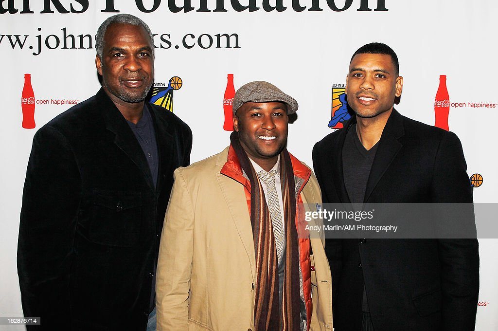 Former NBA player Charles Oakley (L), former NFL player Lamar Campbell (C) and former NBA player Allan Houston pose for a photo during the John Starks Foundation Celebrity Bowling Tournament on February 25, 2013 in New York City.