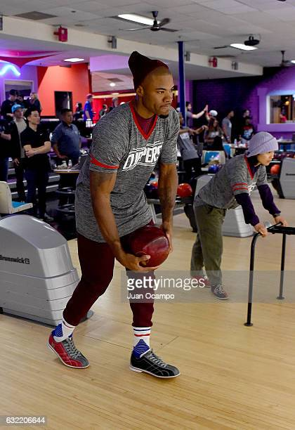 Former NBA player Corey Magette bowls during the LA Clippers Foundation Hosts Annual Charity Basketbowl Challenge Presented by Children's Hospital...