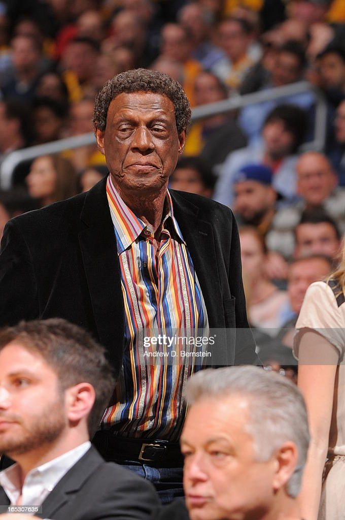 Former NBA player Elgin Baylor attends a game between the Dallas Mavericks and the Los Angeles Lakers at Staples Center on April 2, 2013 in Los Angeles, California.