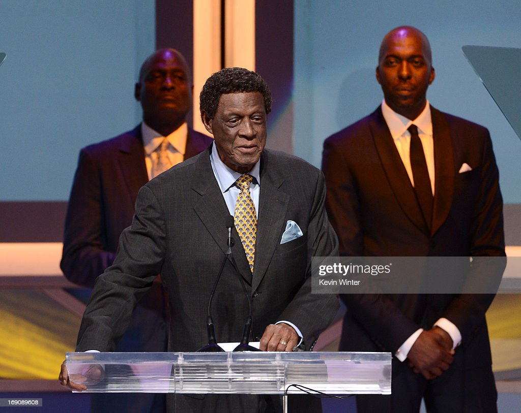 Former NBA player Elgin Baylor speaks onstage at the 28th Anniversary Sports Spectacular Gala at the Hyatt Regency Century Plaza on May 19, 2013 in Century City, California..