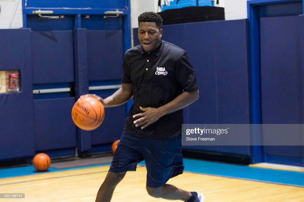 Former NBA player Felipe Lopez takes part in an NBA Cares clinic for Good Morning America at the Madison Square Boys and Girls Club on December 12...