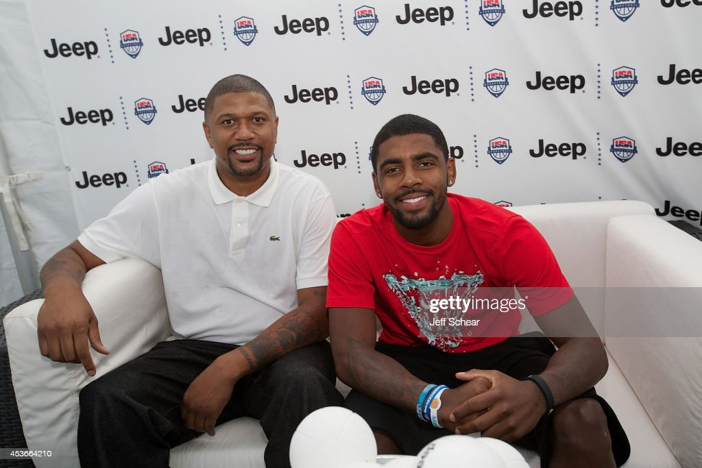 Former NBA player <a gi-track='captionPersonalityLinkClicked' href=/galleries/search?phrase=Jalen+Rose&family=editorial&specificpeople=201704 ng-click='$event.stopPropagation()'>Jalen Rose</a> and NBA player <a gi-track='captionPersonalityLinkClicked' href=/galleries/search?phrase=Kyrie+Irving&family=editorial&specificpeople=6893971 ng-click='$event.stopPropagation()'>Kyrie Irving</a> attend <a gi-track='captionPersonalityLinkClicked' href=/galleries/search?phrase=Kyrie+Irving&family=editorial&specificpeople=6893971 ng-click='$event.stopPropagation()'>Kyrie Irving</a>, <a gi-track='captionPersonalityLinkClicked' href=/galleries/search?phrase=Jalen+Rose&family=editorial&specificpeople=201704 ng-click='$event.stopPropagation()'>Jalen Rose</a>, and <a gi-track='captionPersonalityLinkClicked' href=/galleries/search?phrase=Jalen+Rose&family=editorial&specificpeople=201704 ng-click='$event.stopPropagation()'>Jalen Rose</a> Leadership AcademyStudents Celebrate the Summer of Jeep at Navy Pier on August 15, 2014 in Chicago, Illinois.