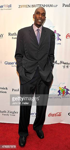 Former NBA player Joe Smith attends the 15th Annual Academy Awards Viewing Partying Benefiting Children Uniting Nations at Warner Bros Estate on...