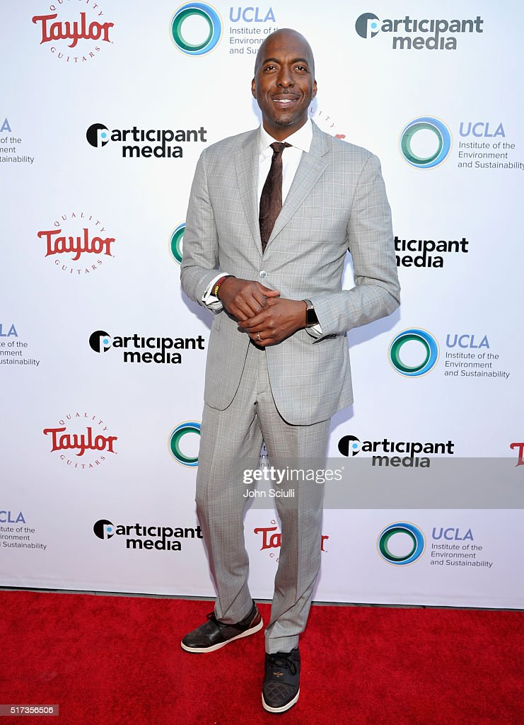 Former NBA player John Salley attends UCLA Institute of the Environment and Sustainability annual Gala on March 24, 2016 in Beverly Hills, California.
