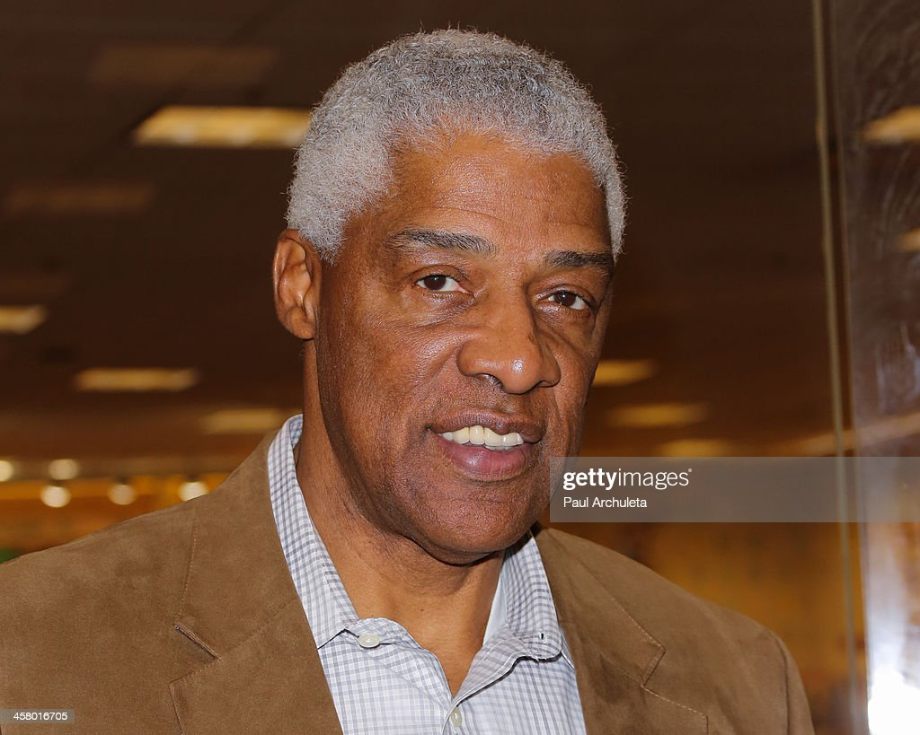julius erving stock photos and pictures getty images former nba player julius erving signs his new book dr j the autobiography at