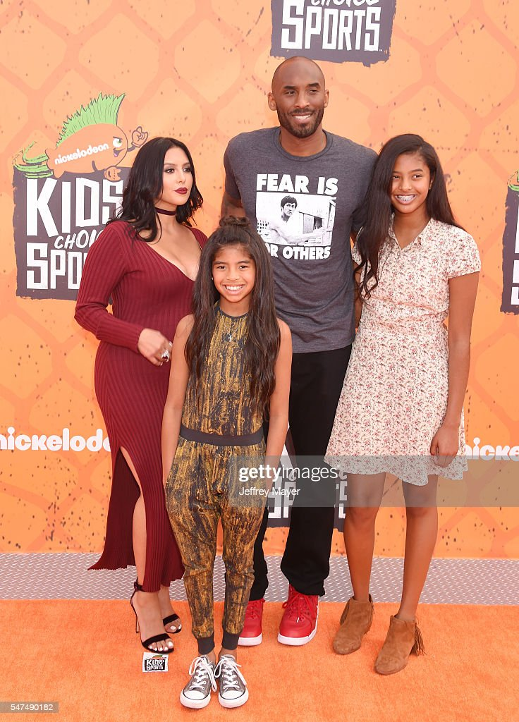 Former NBA player Kobe Bryant wife Vanessa Bryant daughter's Gianna Maria Onore Bryant and Natalia Diamante Bryant arrive at Nickelodeon Kids' Choice...