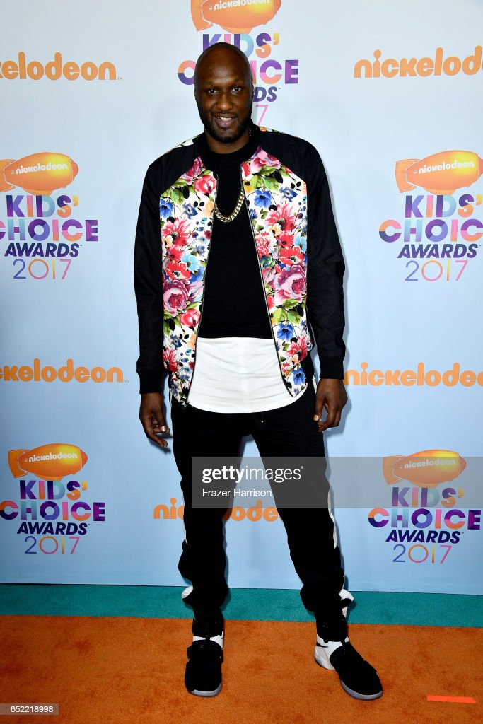 former-nba-player-lamar-odom-at-nickelodeons-2017-kids-choice-awards-picture-id652218998