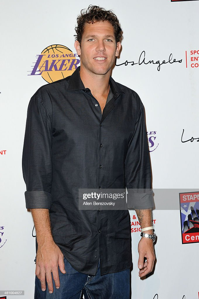 Former NBA player <a gi-track='captionPersonalityLinkClicked' href=/galleries/search?phrase=Luke+Walton+-+Basketball+Player&family=editorial&specificpeople=202565 ng-click='$event.stopPropagation()'>Luke Walton</a> attends the Los Angeles Sports and Entertainment Commission's 10th annual Lakers All-Access event at Staples Center on November 20, 2013 in Los Angeles, California.