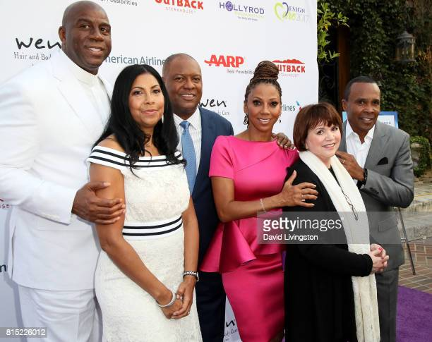 Former NBA player Magic Johnson Earlitha Kelly former NFL player Rodney Peete actress Holly Robinson Peete singer Linda Ronstadt and boxer Sugar Ray...