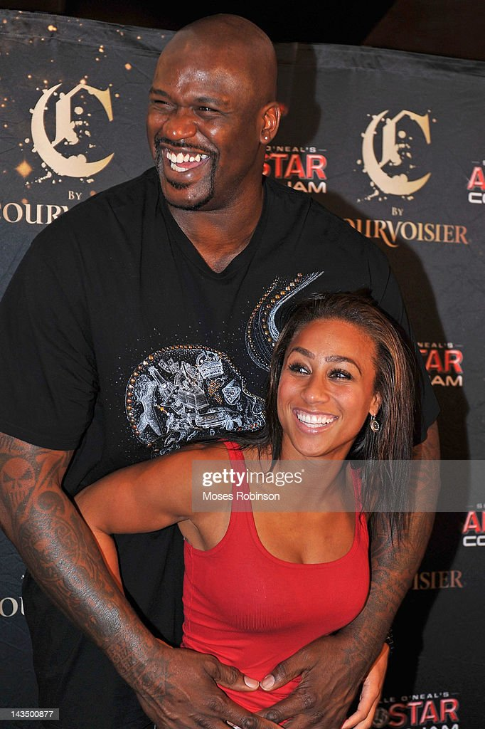 is shaquille oneal dating hoopz [media] according to people, is shaquille o'neal engaged the nba star's girlfriend, laticia rolle, showed off a diamond ring (on that finger) in an.
