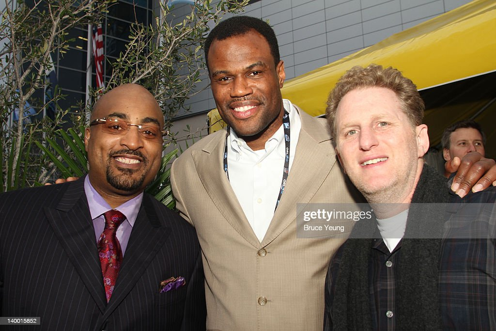 Former NBA Players David Robinsson and Dennis Scott pose with Actor Michael Rappaport during the 2012 NBA All-Star Game presented by Kia Motors as part of 2012 All-Star Weekend at the Amway Center on February 26, 2012 in Orlando, Florida.
