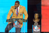 Former New York Giants defensive end Michael Strahan gives his speech during the NFL Class of 2014 Pro Football Hall of Fame Enshrinement Ceremony at...