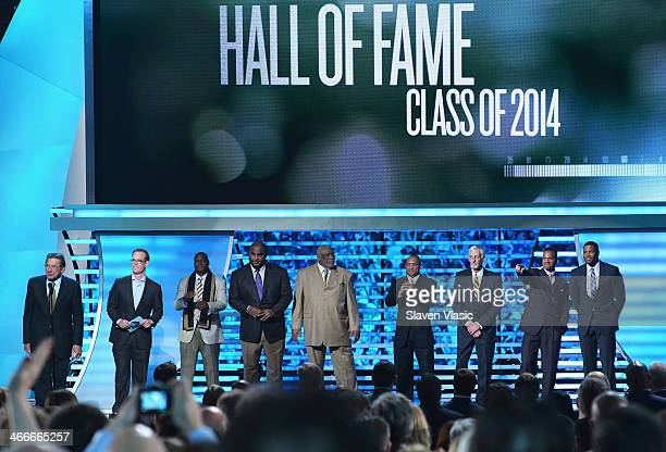 Former New York Jets quarterback Joe Namath sportscaster Joe Buck and NFL's Pro Football Hall of Fame class of 2014 Derrick Brooks Walter Jones...