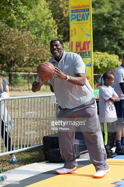 Former New York Knick Larry Johnson during the Nickelodeon Worldwide Day of Play Basketball Clinic on September 20 2014 at Prospect Park New York...