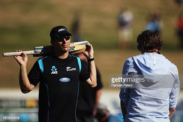 Former New Zealand cricketers Shane Bond and Iain O'Brien talk ahead of the international Twenty20 match between New Zealand and England at Seddon...