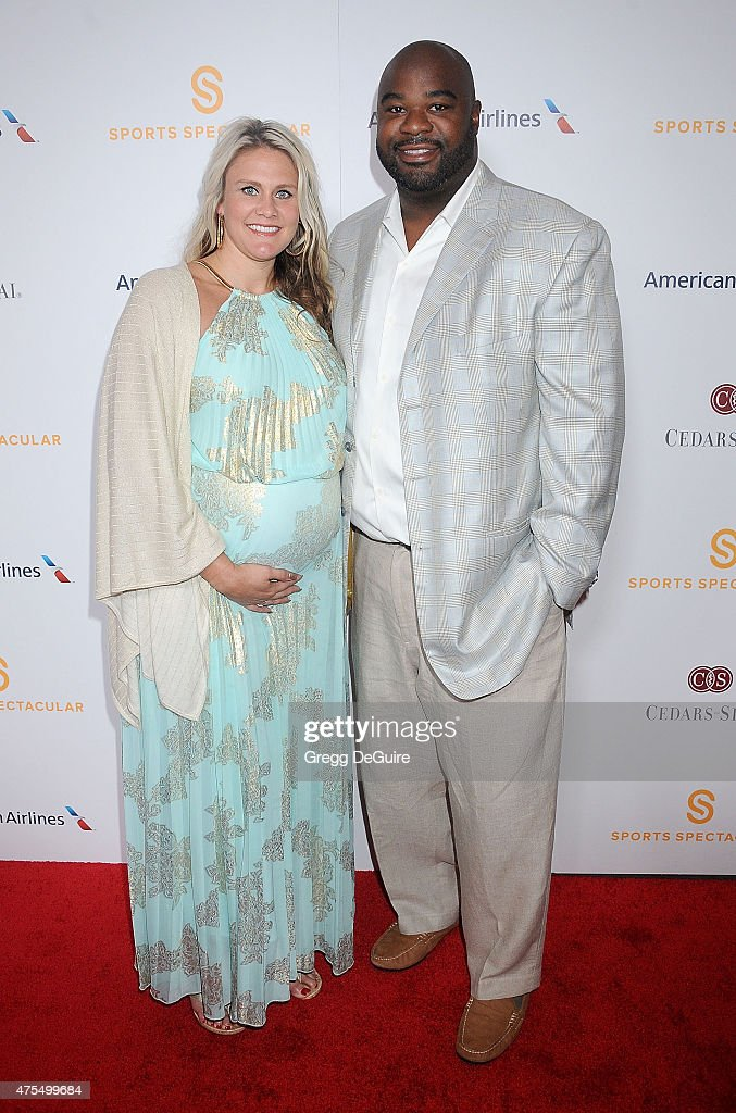 Former NFL player Albert Haynesworth arrives at the Cedars-Sinai Sports Spectacular at the Hyatt Regency Century Plaza on May 31, 2015 in Century City, California.