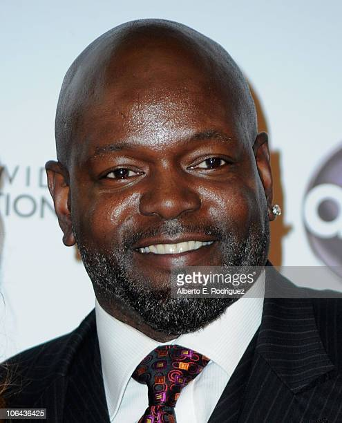 Former NFL player Emmitt Smith arrives to ABC's 'Dancing With The Stars' 200th episode party on November 1 2010 in Los Angeles California