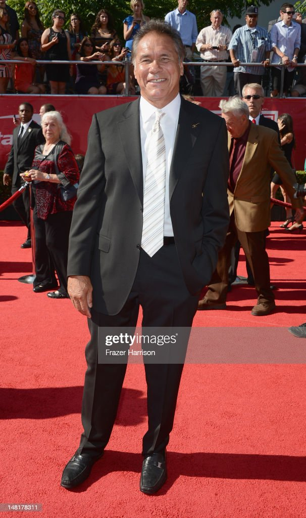 Former NFL player <a gi-track='captionPersonalityLinkClicked' href=/galleries/search?phrase=Jim+Plunkett&family=editorial&specificpeople=664476 ng-click='$event.stopPropagation()'>Jim Plunkett</a> arrives at the 2012 ESPY Awards at Nokia Theatre L.A. Live on July 11, 2012 in Los Angeles, California.