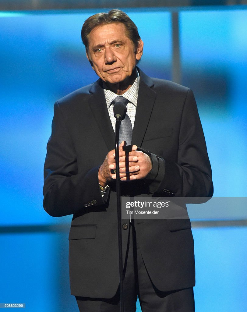 Former NFL player <a gi-track='captionPersonalityLinkClicked' href=/galleries/search?phrase=Joe+Namath&family=editorial&specificpeople=91230 ng-click='$event.stopPropagation()'>Joe Namath</a> speaks onstage during the 5th Annual NFL Honors at Bill Graham Civic Auditorium on February 6, 2016 in San Francisco, California.