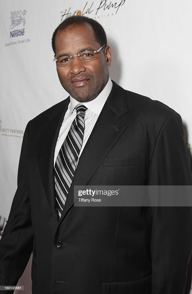 Former NFL player <a gi-track='captionPersonalityLinkClicked' href=/galleries/search?phrase=Richard+Dent&family=editorial&specificpeople=240277 ng-click='$event.stopPropagation()'>Richard Dent</a> attends the 12th Annual Harold Pump Foundation Gala at the Hyatt Regency Century Plaza on August 10, 2012 in Century City, California.