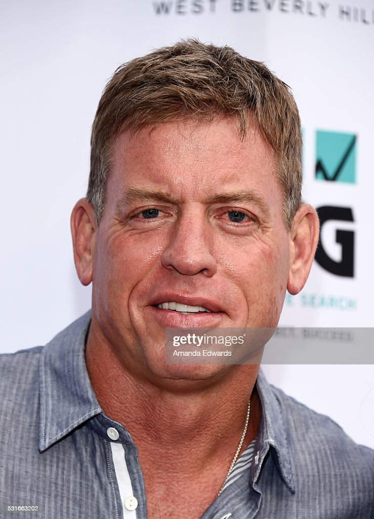 Former NFL player <a gi-track='captionPersonalityLinkClicked' href=/galleries/search?phrase=Troy+Aikman&family=editorial&specificpeople=206871 ng-click='$event.stopPropagation()'>Troy Aikman</a> arrives at the VIP celebrity cocktail reception for the 10th Annual Jim Mora Celebrity Golf Classic For The Jim Mora Count On Me Family Foundation at the W Los Angeles - Westwood on May 15, 2016 in Los Angeles, California.