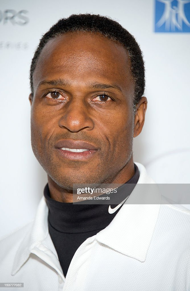 Former NFL player <a gi-track='captionPersonalityLinkClicked' href=/galleries/search?phrase=Willie+Gault&family=editorial&specificpeople=779621 ng-click='$event.stopPropagation()'>Willie Gault</a> arrives at the 6th Annual Hilton HHonors Charitable Golf Series at The Riviera Country Club on October 8, 2012 in Pacific Palisades, California.