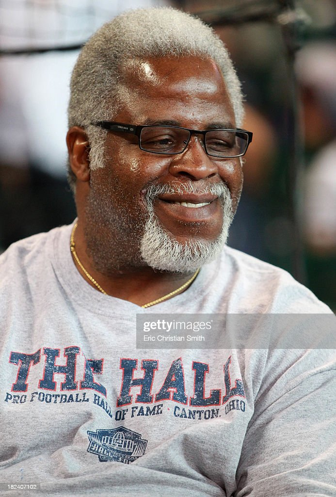 Former NFL running back Earl Campbell before a baseball game between the New York Yankees and the Houston Astros on September 29, 2013 at Minute Maid Park in Houston, TX.