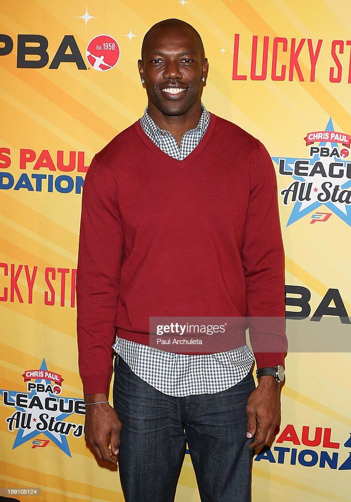 Former NFL Wide Receiver Terrell Owens attends the 5th annual Chris Paul PBA All-Stars charity tournament at Lucky Strike Lanes at L.A. Live on January 7, 2013 in Los Angeles, California.