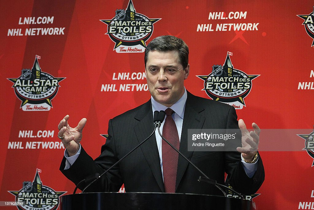 Former NHL player <a gi-track='captionPersonalityLinkClicked' href=/galleries/search?phrase=Pat+LaFontaine&family=editorial&specificpeople=213982 ng-click='$event.stopPropagation()'>Pat LaFontaine</a> speaks from the podium at the unveiling of the NHL All-Star Legacy Playroom at Children's Hospital of Eastern Ontario on January 27, 2012 in Ottawa, Canada.