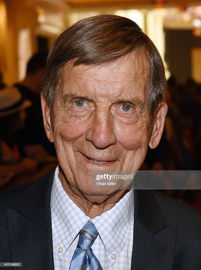 Former NHL player Ted Lindsay arrives at the 2014 NHL Awards at Encore Las Vegas on June 24, 2014 in Las Vegas, Nevada.