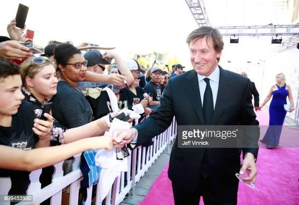 Former NHL player Wayne Gretzky arrives on the magenta carpet for the 2017 NHL Awards at TMobile Arena on June 21 2017 in Las Vegas Nevada