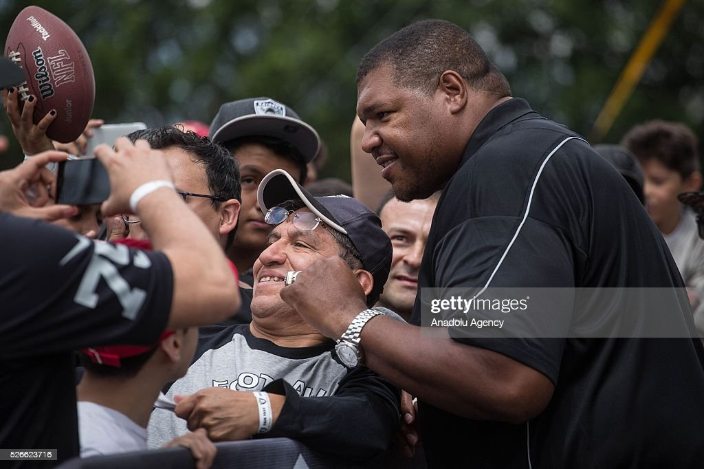 Former Oakland Raiders player, Lincoln Kennedy, is seen during The Oakland Raiders Fan Fest in Mexico City, Mexico on April 30, 2016. Raiders and HoustonTexans will play at the Azteca Stadium next Nov 21, will also be the first Monday Night NFL game played outside the U.S.