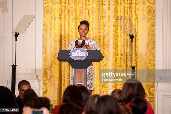 Former Olympic gymnast Dominique Dawes introduces first lady Michelle Obama to leading parenting bloggers online influencers and content creators...