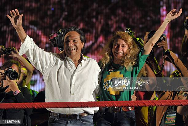 Former Peruvian President Alejandro Toledo leader of Alianza Perú Posible Party and his wife Eliane Karp participate in his closing campaign rally...