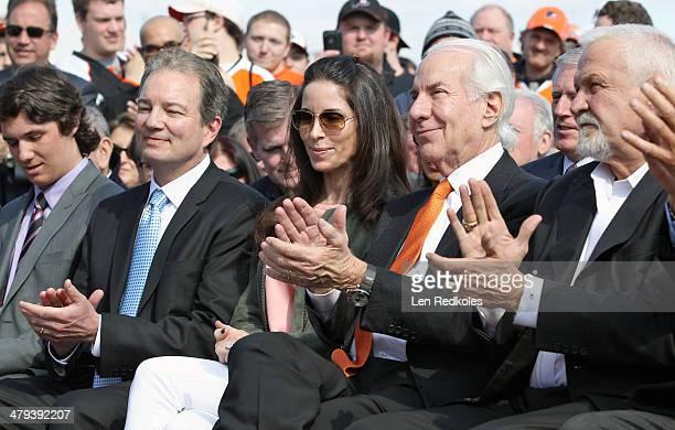 Former Philadelphia Flyer Bernie Parent Philadelphia Flyers Chairman Ed Snider Lin Snider Pittsburgh Penguins Executive Vice President GM Ray Shero...