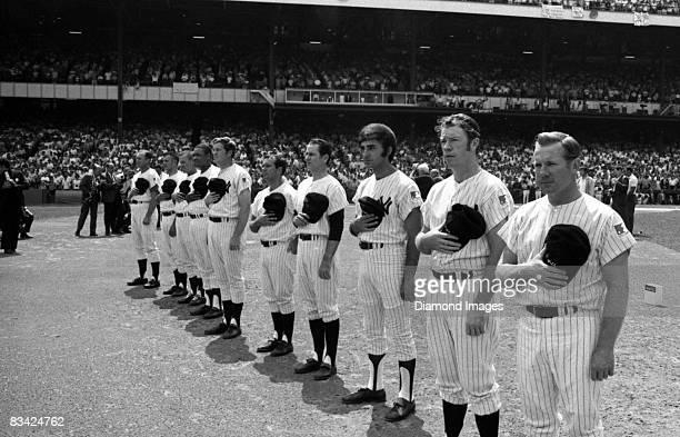Former pitcher Whitey Ford thirdbaseman Gil McDougald firstbaseman Joe Pepitone infielder Jerry Coleman infielder Bobby Richardson infielder Tony...