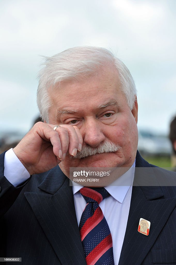 Former Poland president Lech Walesa attends the commemoration of the 220th anniversary of the outbreak of the royalist rebellion and counterrevolution in Vendee during the French Revolution, on April 18, 2013 in Lucs-sur-Boulogne. AFP PHOTO / FRANK PERRY