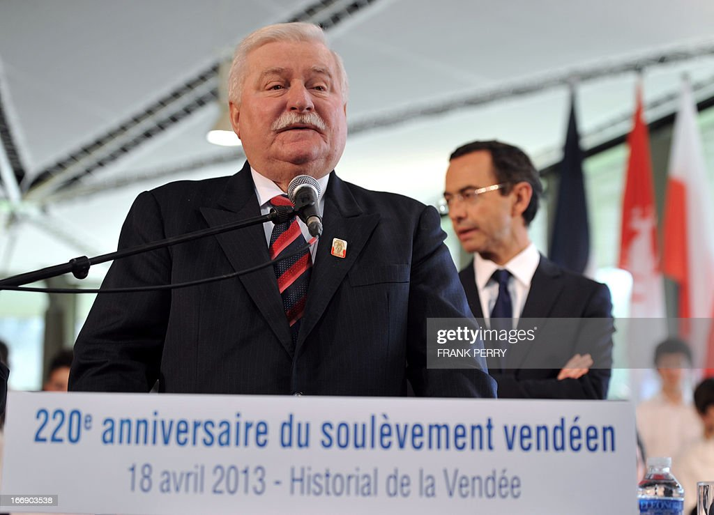 Former Poland president Lech Walesa (foreground) delivers a speech during the commemoration of the 220th anniversary of the outbreak of the royalist rebellion and counterrevolution in Vendee during the French Revolution, on April 18, 2013 in Lucs-sur-Boulogne.