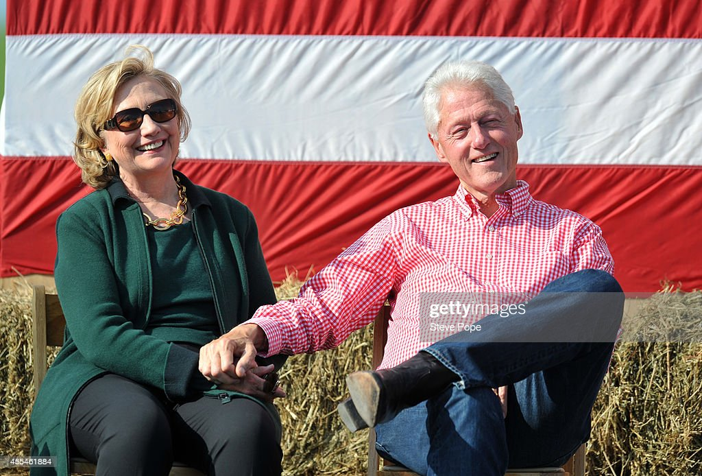 Former President <a gi-track='captionPersonalityLinkClicked' href=/galleries/search?phrase=Bill+Clinton&family=editorial&specificpeople=67203 ng-click='$event.stopPropagation()'>Bill Clinton</a> and his wife former Secretary of State Hillary Rodham Clinton attend the 37th Harkin Steak Fry, September 14, 2014 in Indianola, Iowa. This is the last year for the high-profile political event as Sen. Tom Harkin (D-IA) plans to retire.