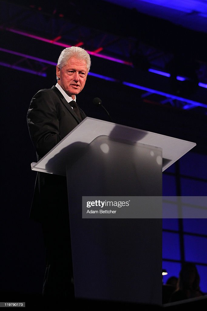 Former President <a gi-track='captionPersonalityLinkClicked' href=/galleries/search?phrase=Bill+Clinton&family=editorial&specificpeople=67203 ng-click='$event.stopPropagation()'>Bill Clinton</a> attends the Starkey Hearing Foundation's 'So The World May Hear Awards Gala' 2011 at River Centre on July 24, 2011 in St. Paul, Minnesota.